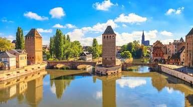 CRUCERO FLUVIAL POR EL RHIN CLÁSICO      -                     Estrasburgo, Espira, Coblenza, Colonia                     Rudesheim, Amsterdam, Río Rhin