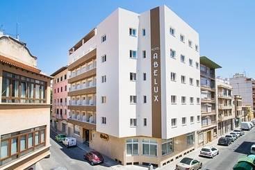 Palma de Mallorca (melhor preço): Abelux 2* desde 35€ por noite/pax (30 mai - 02 jun) [opção voos incl.]