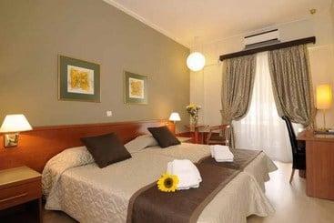 Atenas (melhor preço): Acropolis Select Hotel 3* desde 35€ por noite/pax (04 mar - 08 mar) [opção voos incl.]