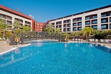 Swimming pool Hotel Barceló Marbella