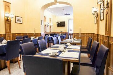 Roma (mais vendido): Hotel Camelia 3* desde 35€ por noite/pax (26 ago - 27 ago) [opção voos incl.]