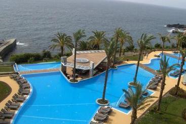 Funchal (melhor preço): Pestana Promenade Ocean Resort 4* desde 40€ por noite/pax (16 fev - 26 fev) [opção voos incl.]