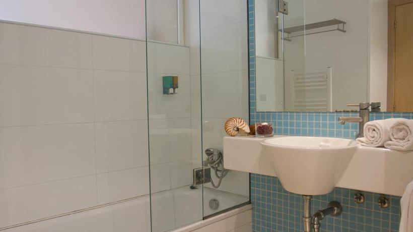 Bathroom Hotel Dynastic Benidorm