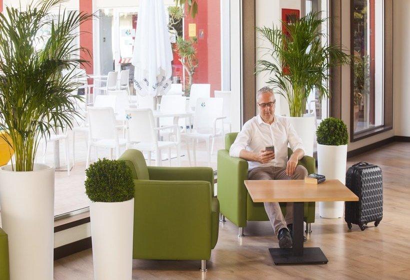 Front desk Hotel Gala Placidia Benidorm