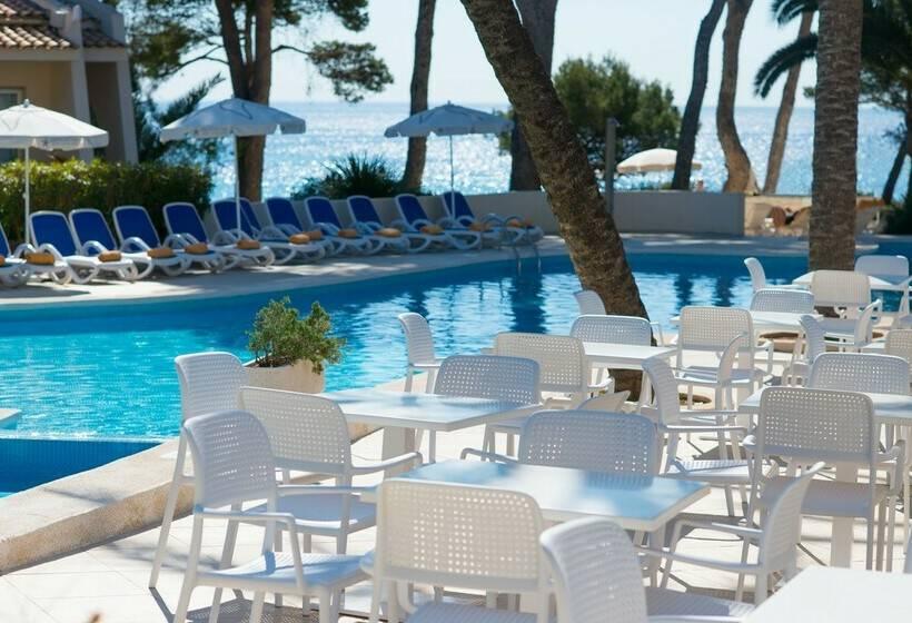 Swimming pool Hotel Iberostar Pinos Park Font de sa Cala