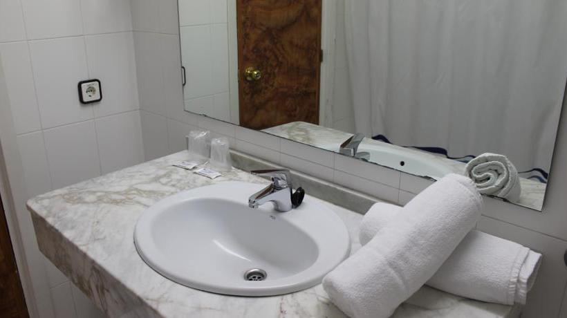 Bathroom Hotel Presidente Benidorm