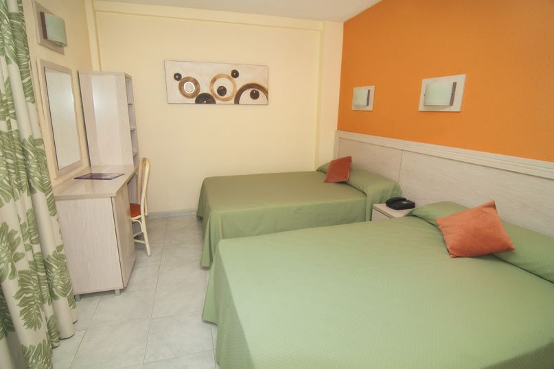 Room Hotel Servigroup Calypso Benidorm