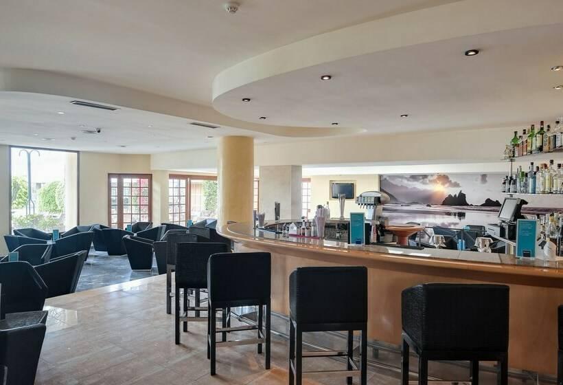 Cafeteria Hotel Barceló Pueblo Ibiza Port des Torrent