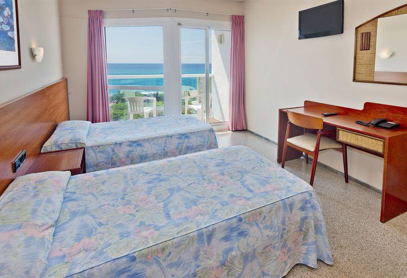 Room Hotel Cartagonova Malgrat de Mar