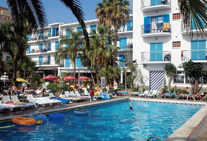 Swimming pool Hotel H Top Planamar Malgrat de Mar