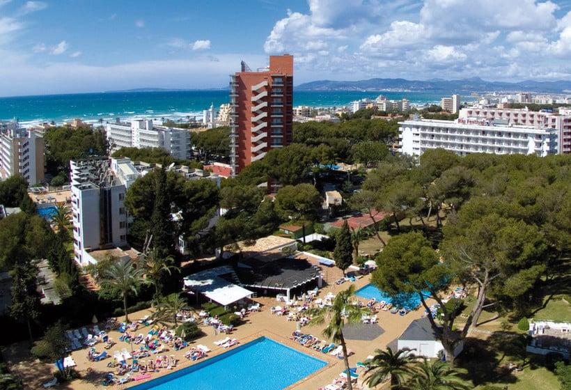 Outside Hotel Riu Playa Park Platja de Palma