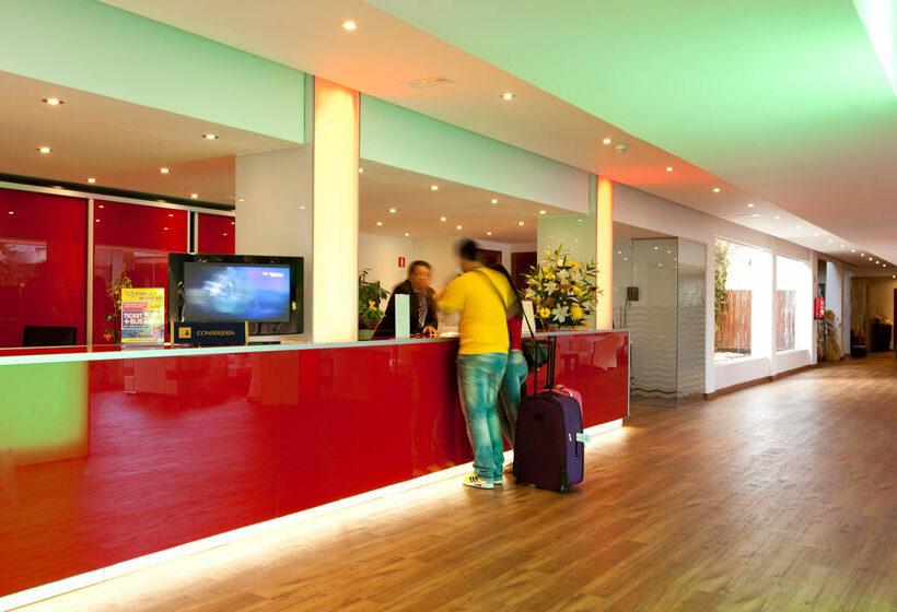 Front desk Hotel Seramar Sunna Park Paguera