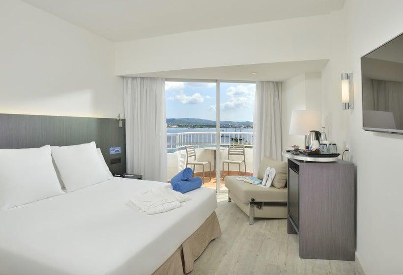 Room Hotel Sol House Ibiza Mixed by Ibiza Rocks Sant Antoni de Portmany