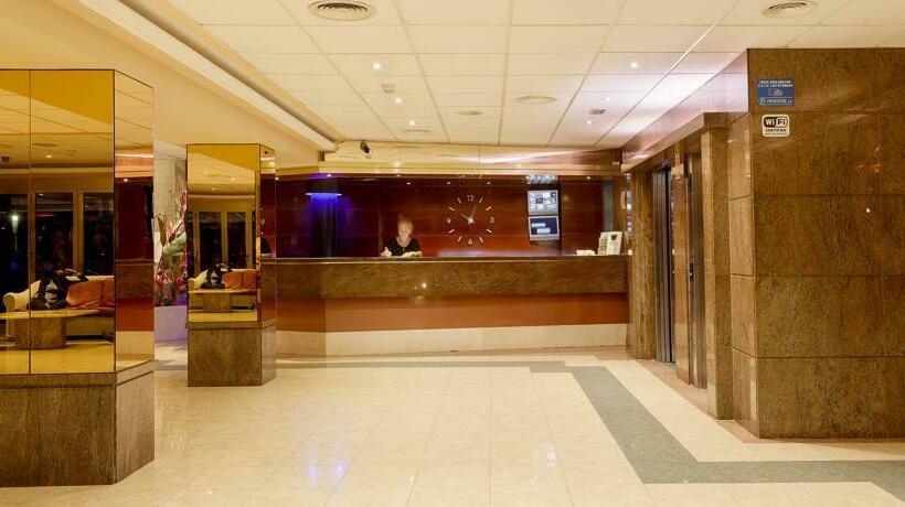 Front desk Hotel Pimar & Spa Blanes