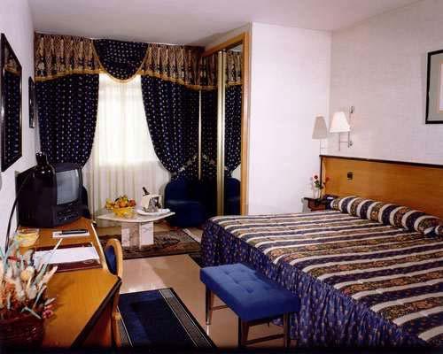 agencia acompañante del hotel aficionado cerca de Fuenlabrada