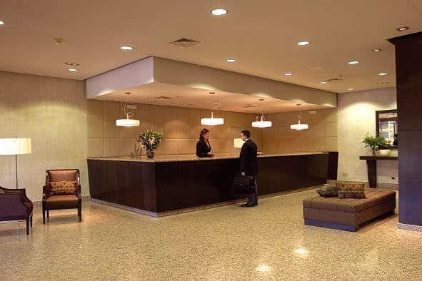 Hotel Cortes De Leon