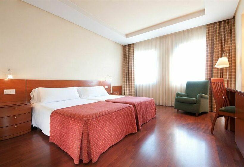 Hotel Tryp Madrid Chamartin