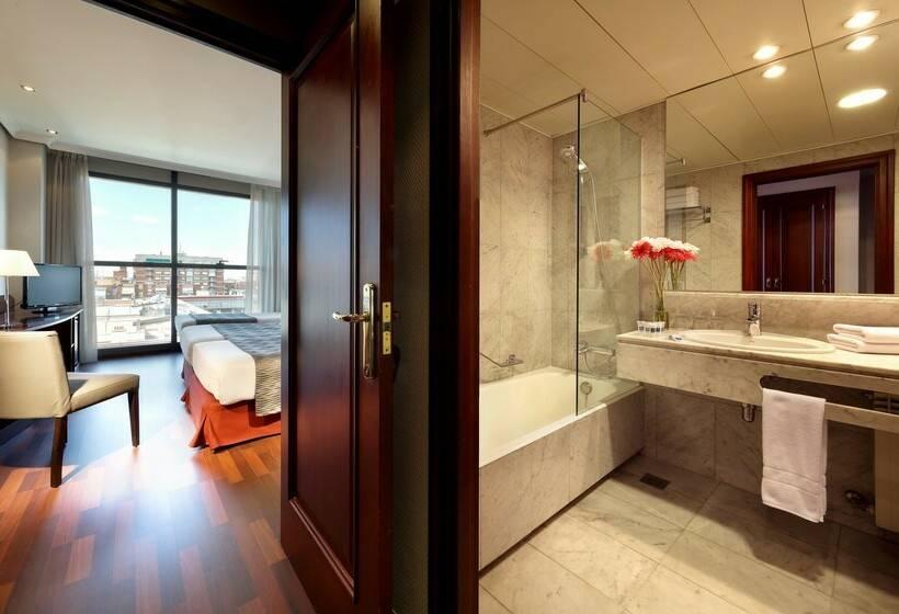 Bathroom Hotel Via Castellana Madrid