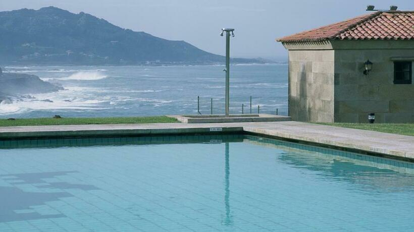 Swimming pool Parador de Baiona