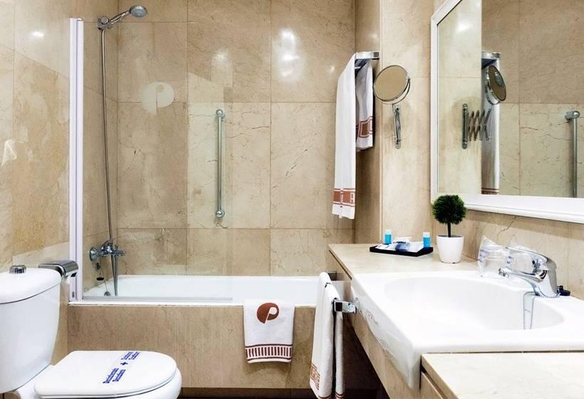 Cuarto de baño Hotel Pasarela Sevilla