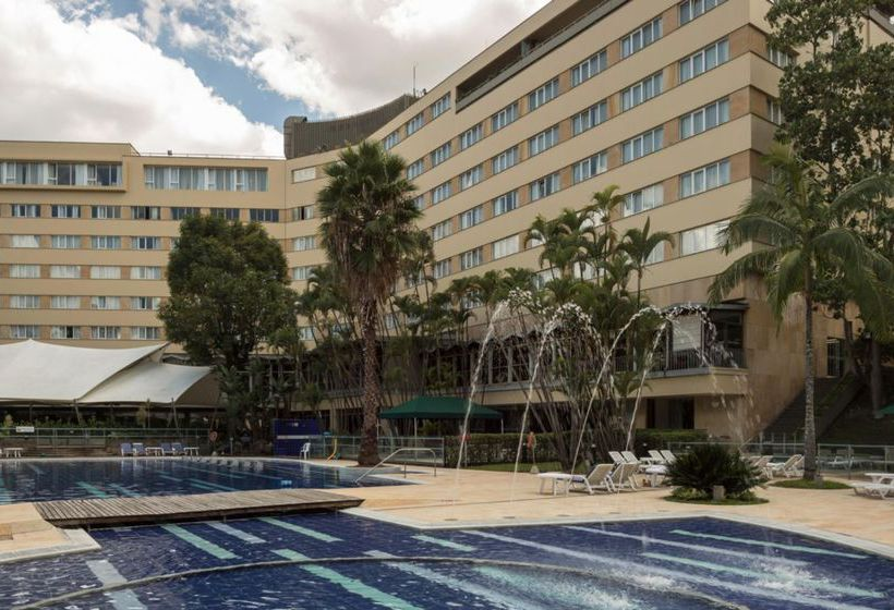 Swimming pool Hotel InterContinental Medellin