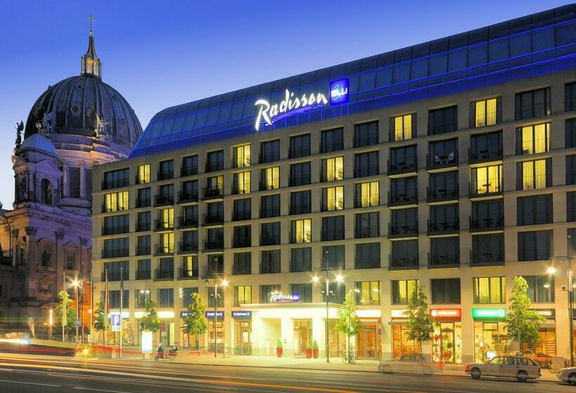 بیرونی Radisson Blu Hotel Berlin برلين