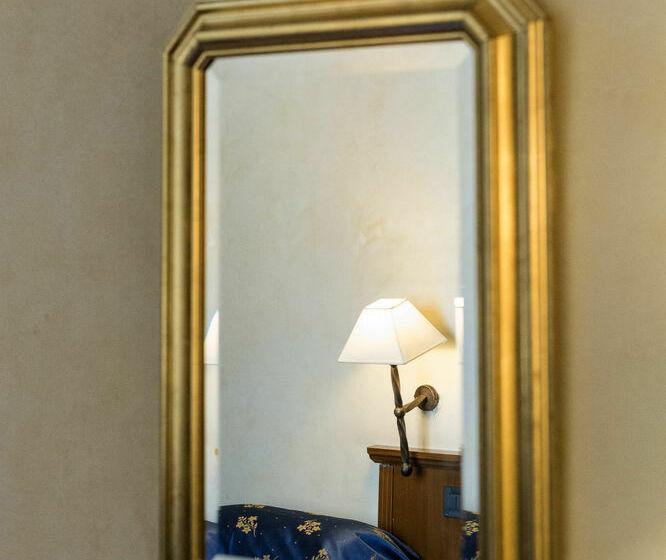 Hotel Columbus Rome