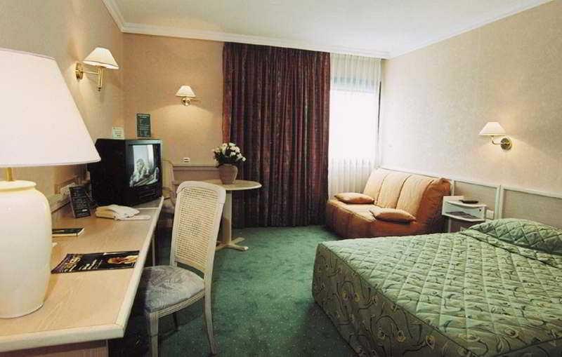 Hotel Mercure Lyon Est Porte de l'Ain