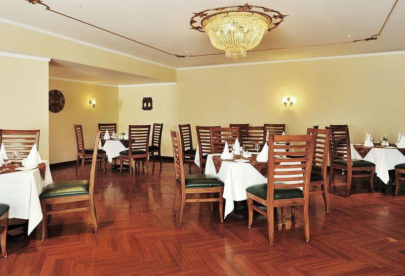 Hotel Taj Chandela Khajuraho
