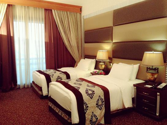 هتل Ramada Continental دبی