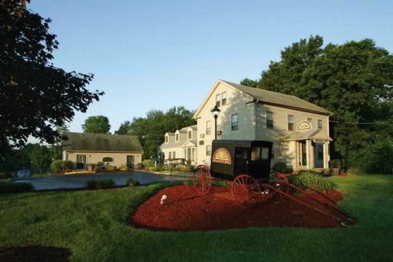 Hotel Centennial Inn Farmington
