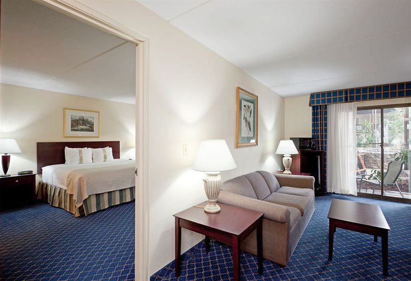 هتل Holiday Inn Boxborough (I-495 Exit 28)