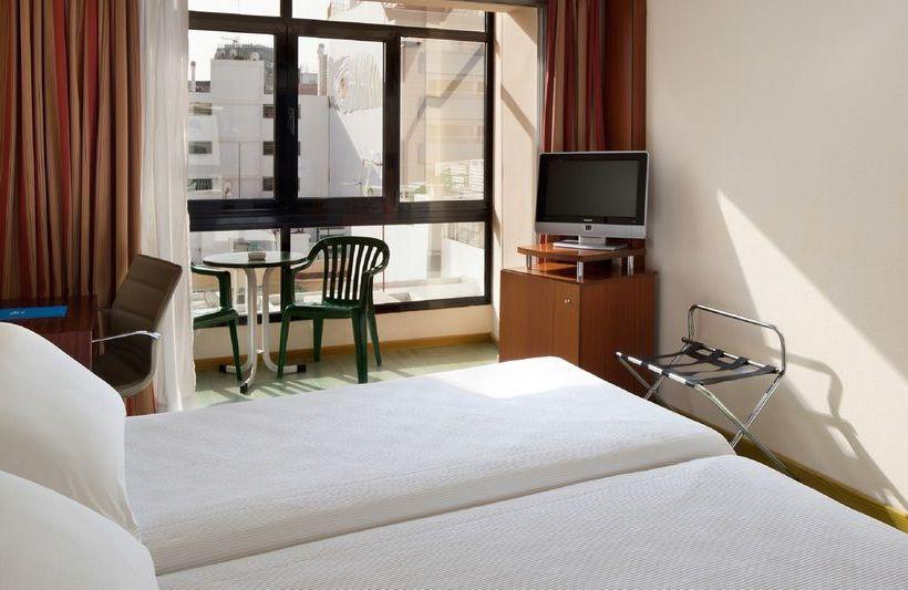 هتل NH Las Palmas Playa Las Canteras لاس پالماس جزایر قناری