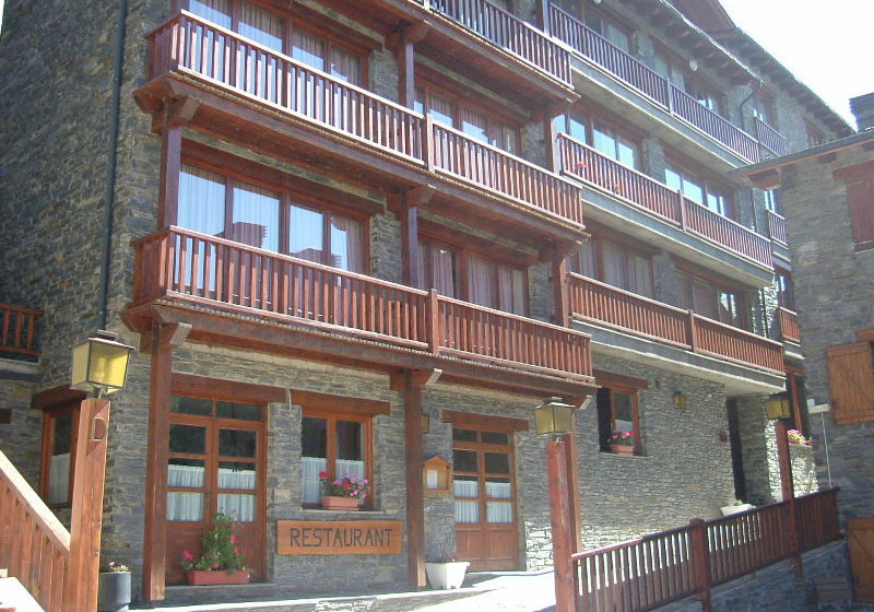 Apartamentos La Solana Boi Taull