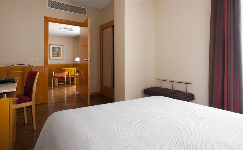 Room Hotel Leonardo Madrid City Center