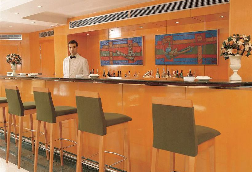 Cafeteria Hotel Leonardo Madrid City Center