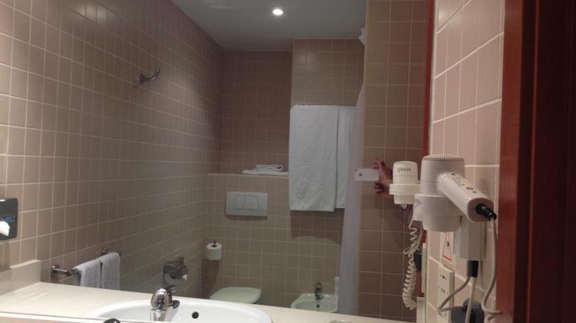 Bathroom Hotel Alaquás Alaquas