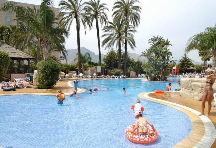 Swimming pool Hotel MedPlaya Flamingo Oasis Benidorm