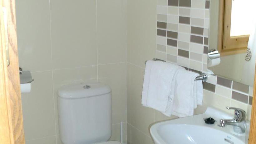 Bathroom Hostal Ribera El Pont de Suert