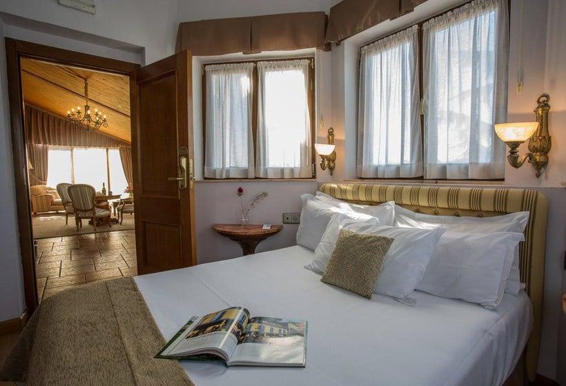 اتاق هتل Ayre Alfonso II Oviedo