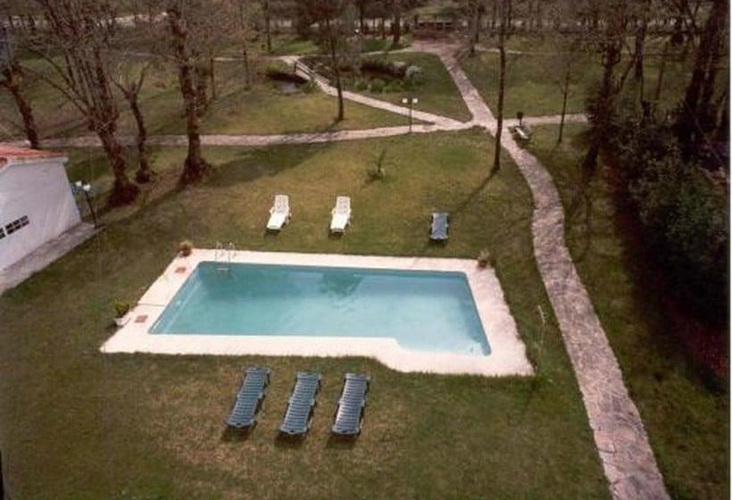 Swimming pool Hotel San Vicente Santiago de Compostela