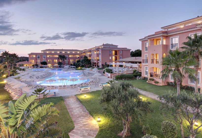 Aparthotel Grupotel Macarella Suites & Spa Son Xoriguer
