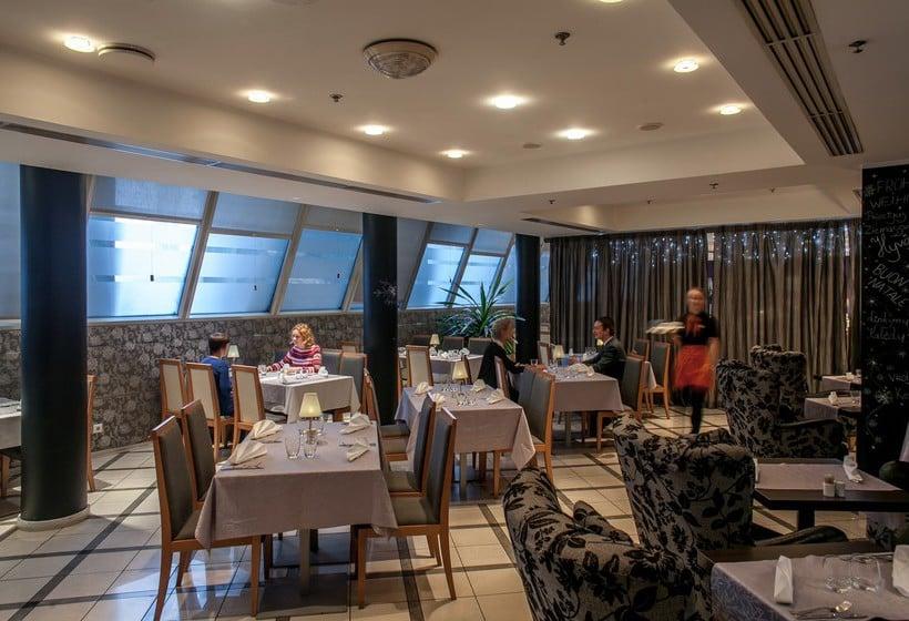 Restaurant PK Ilmarine Hotel  Tallinn