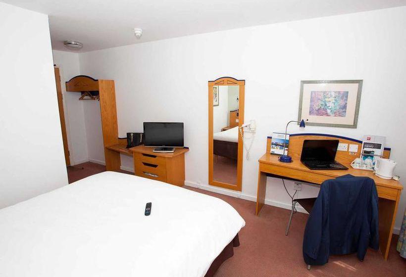 Hotel Ibis Cardiff Gate