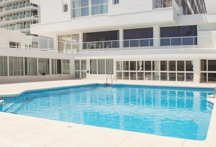 Swimming pool Hotel Ibersol Alay Benalmadena