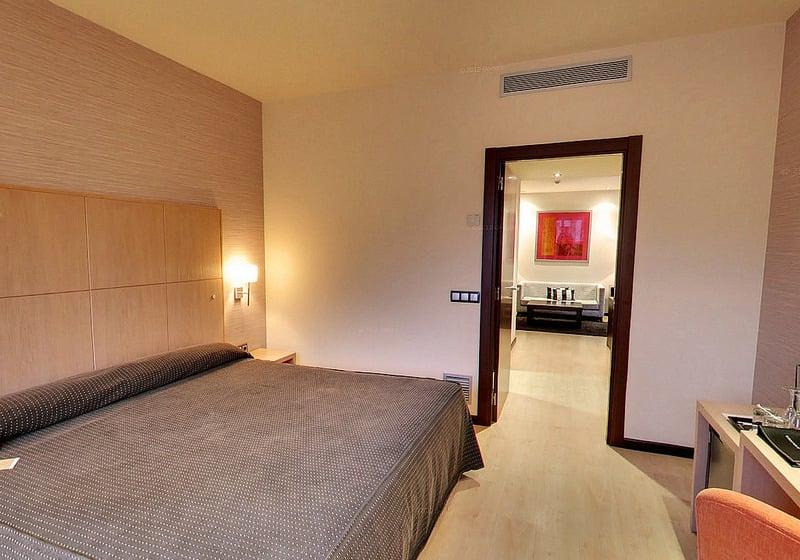 Room Hotel Abba Huesca