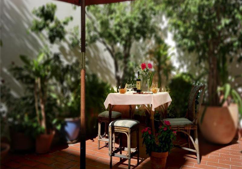 Hotel Plaza Santa Lucia Seville