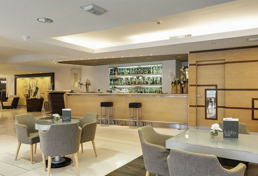 Cafeteria Hotel Barcelo Aran Park Rome