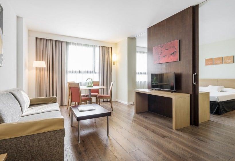 Habitación Hotel Ilunion Valencia 4