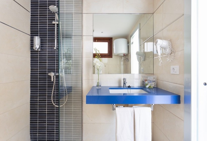 Bathroom Globales Tamaimo Tropical Puerto de Santiago